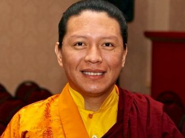 Dungse Lhuntrul Dechen Gyurme Rinpoche